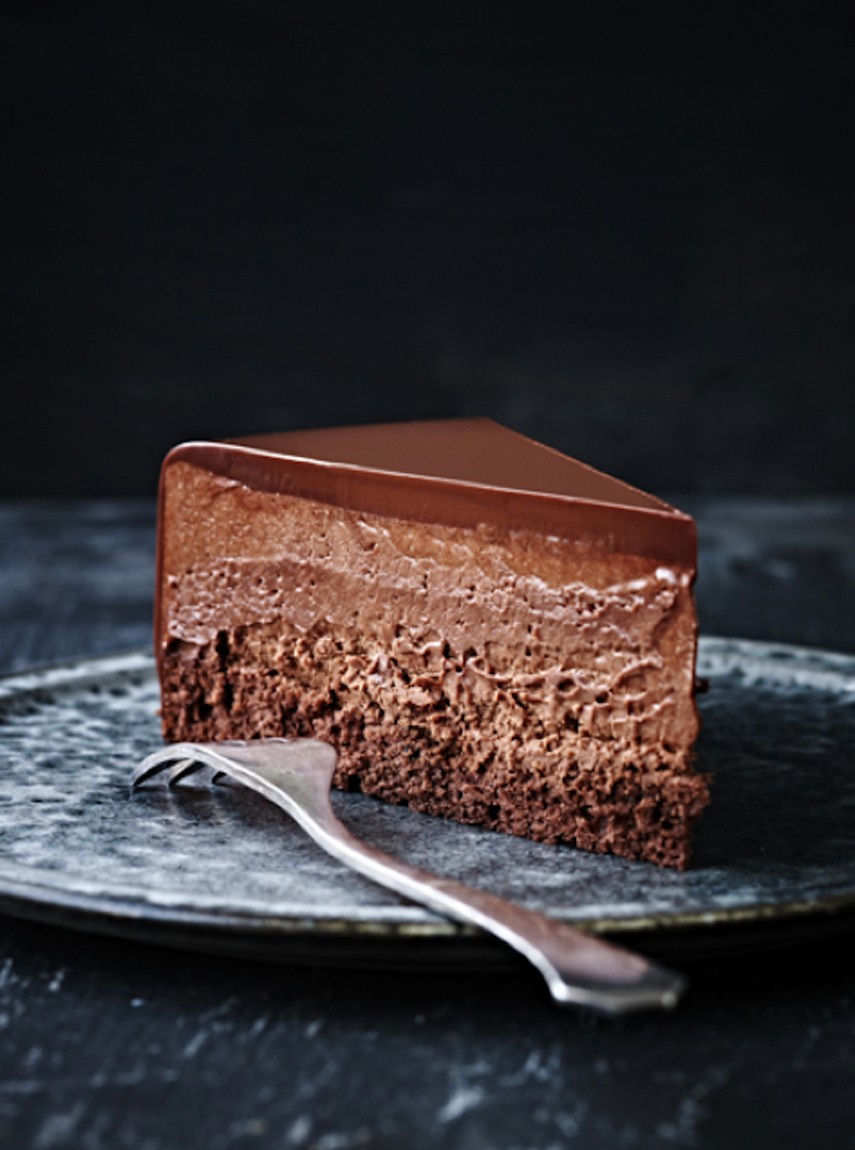 Chilled Chocolate Mousse Cake