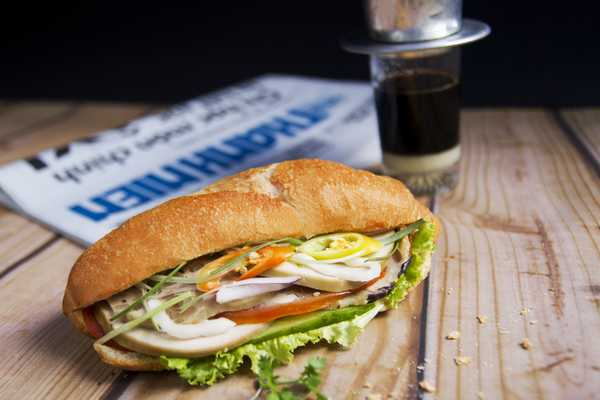 "How to make a good Vietnamese ""Banh Mi"""